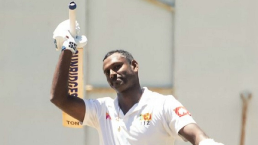 Angelo Mathews celebrates his double-century.