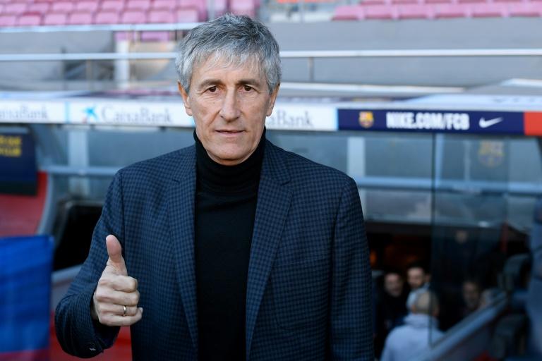 Le nouvel entraîneur de Barcelone, Quique Setién, lors de sa présentation au Camp Nou, le 14 janvier 2020