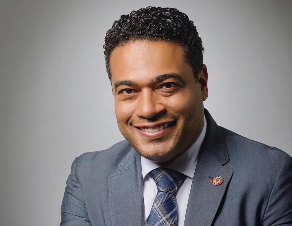 Sur la photo, le député de Pétion-Ville, Jerry Tardieu, classé meilleur député de la 50e legislature.