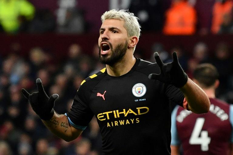 L'attaquant argentin de Manchester City Sergio Agüero vient de marquer le 5e but de son équipe sur le terrain d'Aston Villa, le 12 janvier 2020 à Birmingham