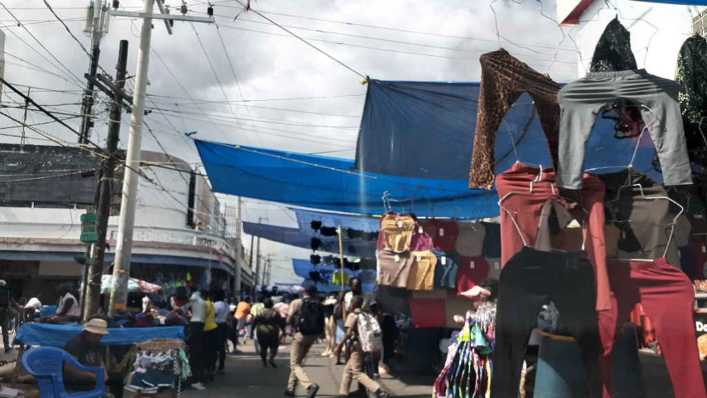 A section of Beckford Street in downtown Kingston back in 'full swing' hours after a clean-up operation against unregulated street vending on Thursday. (Photo: Marlon Reid)
