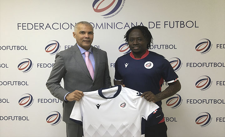 Un Haïtien à la tête des U-20 dominicains. Photo: Fédération Dominicaine de Football