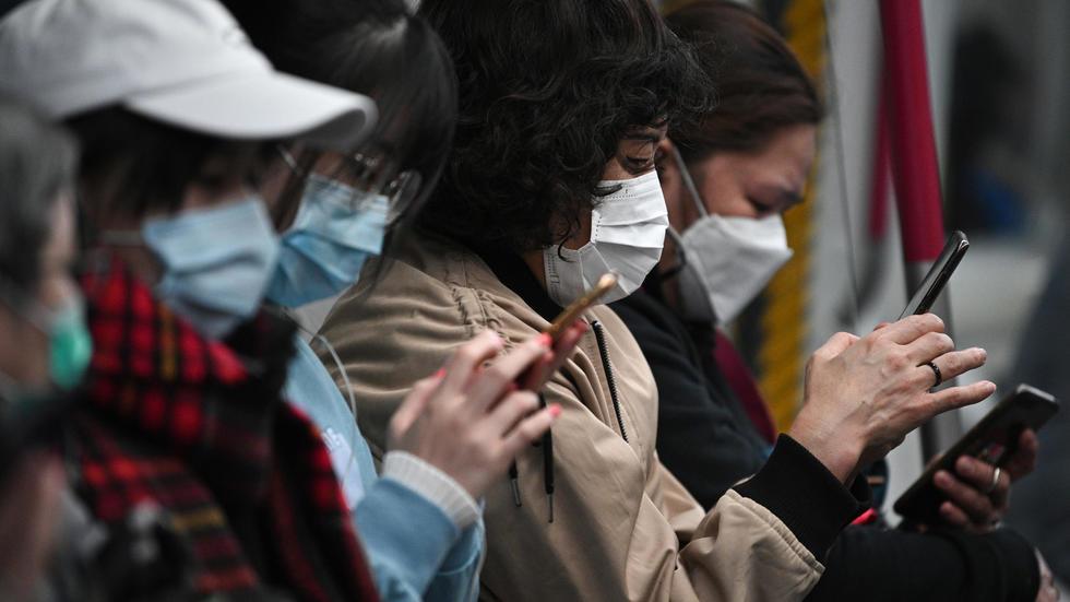 Coronavirus: outre les iPhones, Foxconn va aussi fabriquer des masques. Photo: AFP