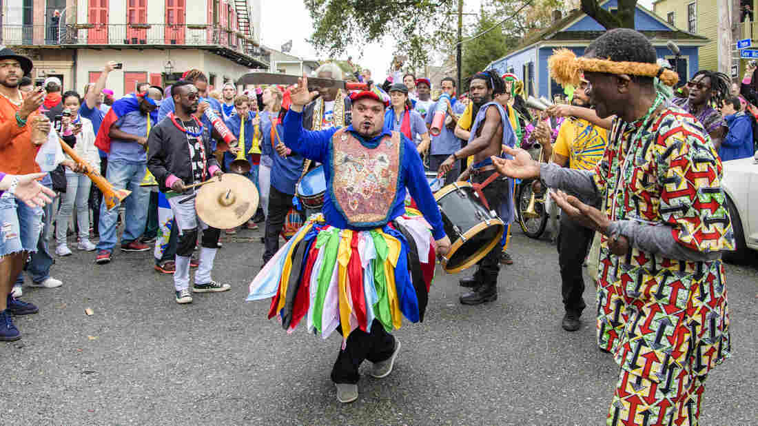 "L'apparition inaugurale de ""Krewe du Kanaval"", en février 2018. Crédit photo: https://www.npr.org"