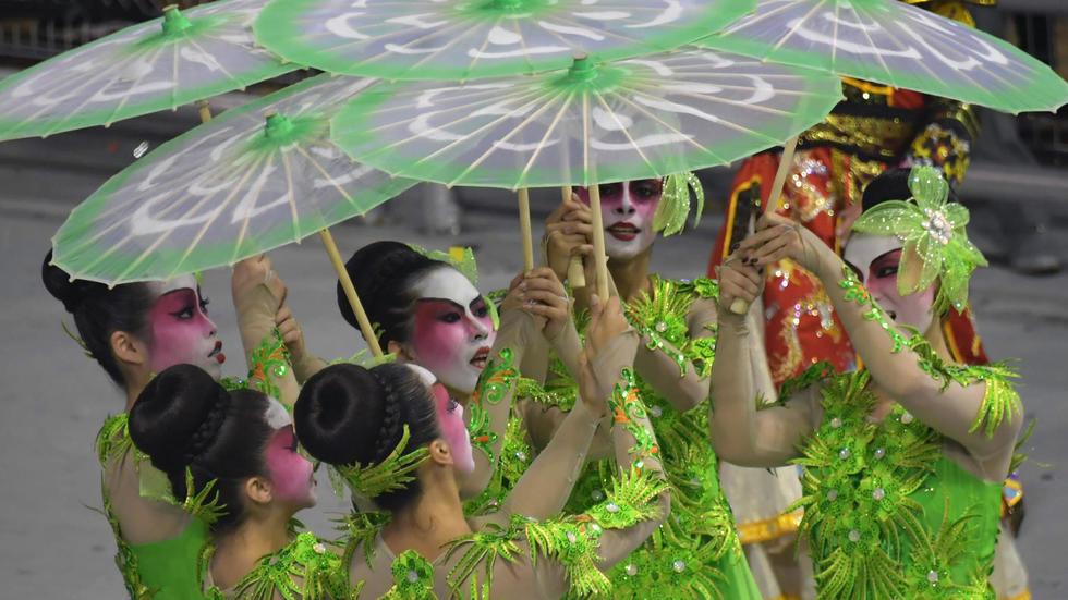 Le carnaval de Rio entre splendeur et contestation au sambodrome