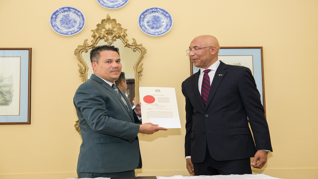 Senator Matthew Samuda (left) with Governor General Sir Patrick Allen at his swearing-in ceremony. (Photo: OPM)