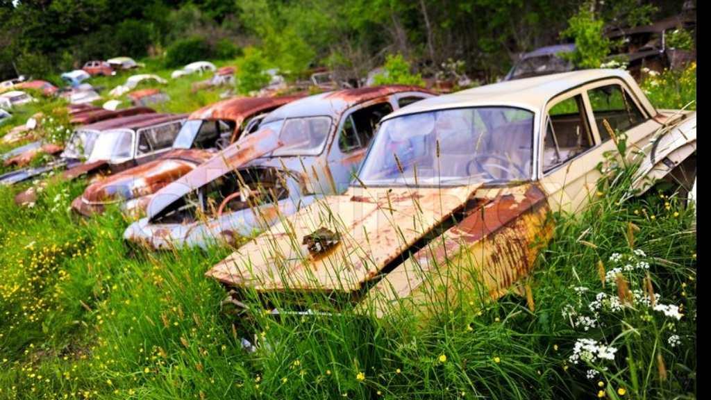 Derelict vehicles (FILE)