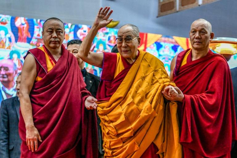 Le Dalaï Lama (c) à Bodhgaya, le 4 janvier 2020 en Inde