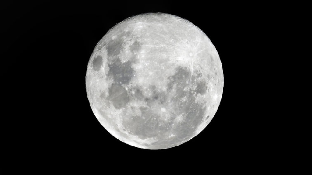 Up in the Sky: A 'Super' Moon with Something to Crow About