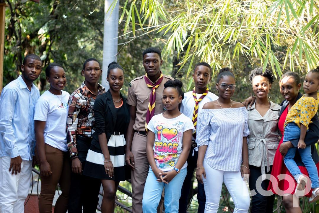 Des élèves et des jeunes haïtiens venus de différents établissements et organisations ont rencontré, le samedi 7 mars 2020, la présidente de laCIDH(Commission Interaméricaine des Droits de l'Homme)EsmeraldaArosemenaTrotiño, dans le cadre d'une causerie-débat sur leur droit à l'éducation en situation de conflit. Photo: Eberline Nicolas / Loop Haiti