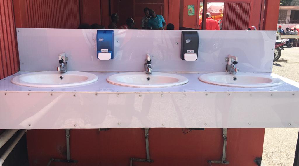 Un robinet à Turgeau./ Websder Corneille/LoopHaïti