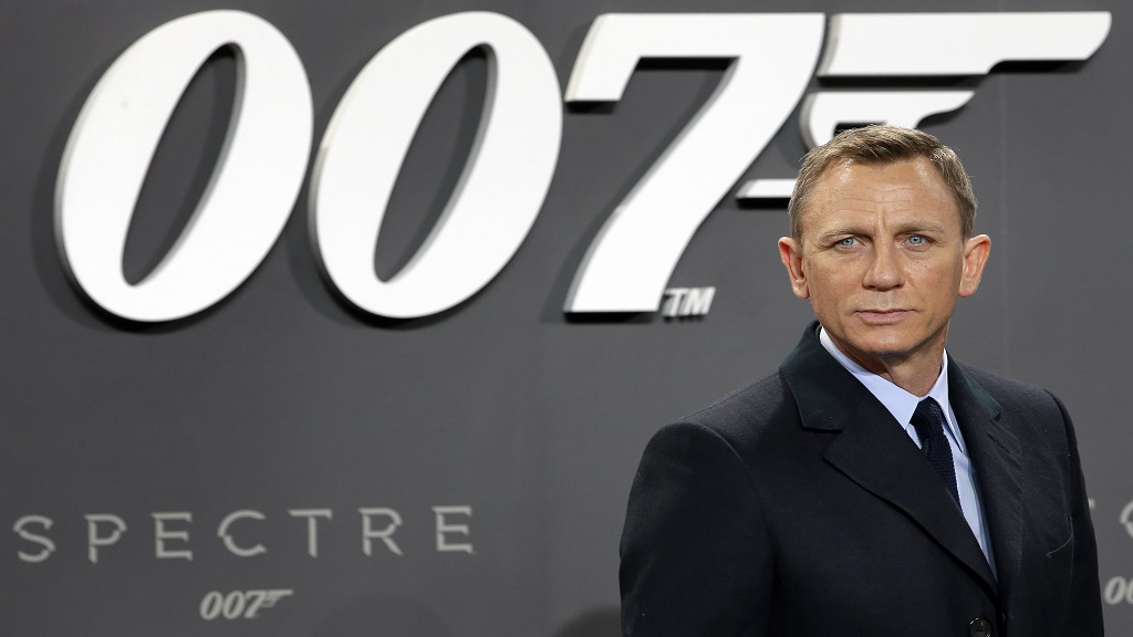 Wednesday, October 28, 2015 file photo of actor Daniel Craig poses for the media as he arrives for the German premiere of the James Bond movie 'Spectre' in Berlin, Germany. (Photo: AP)