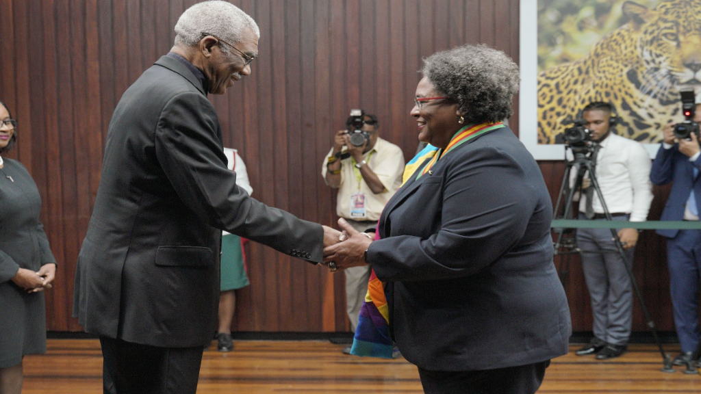 President of Guyana David Granger (left)  and Barbados Prime Minister Mottley (right). Photo: Ministry of the Presidency