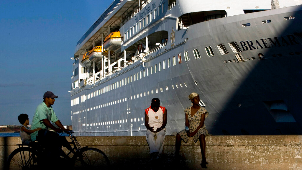 FILE - In this April 14, 2008 file photo, the Fred Olson Cruise Liner Braemar is docked at the port in Havana, Cuba. (AP Photo/Ramon Espinosa, File)