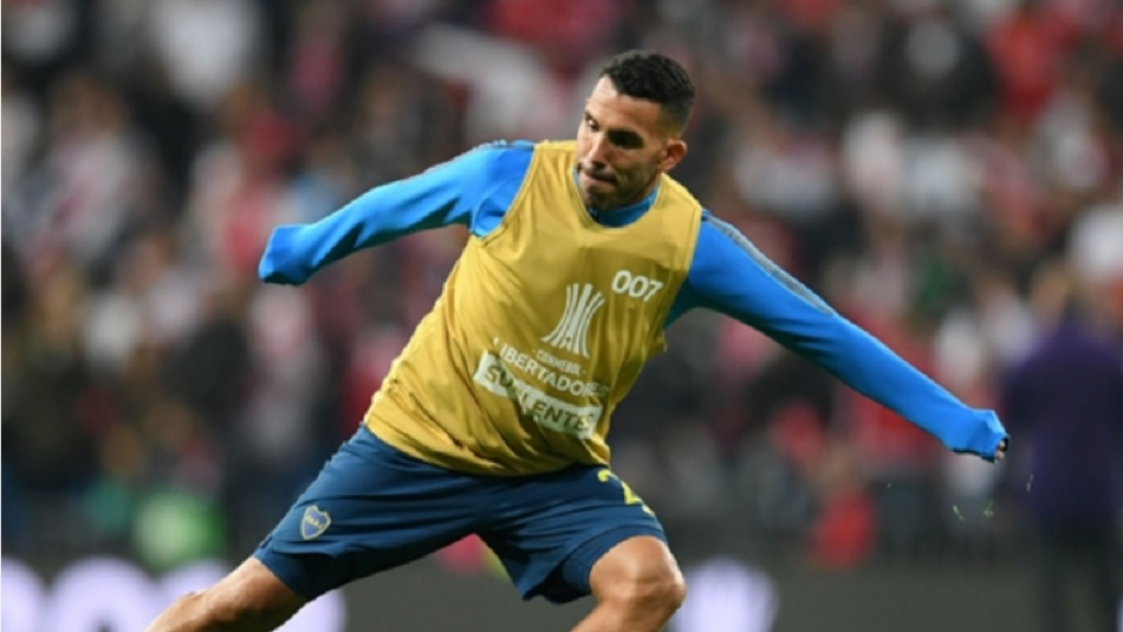 Carlos Tevez has suggested players should take a pay cut.