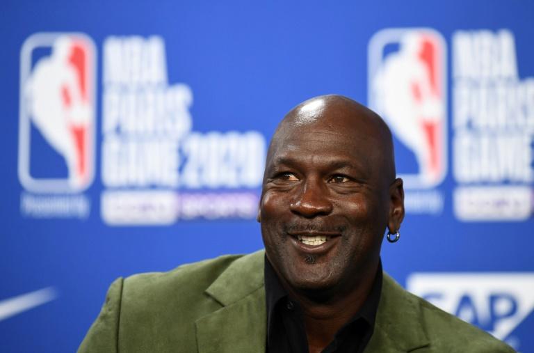 L'ancienne star des Chicago Bulls et propriétaire des Hornets de Charlotte, Michael Jordan, en conférencce de presse, à Paris, le 24 janvier 2020