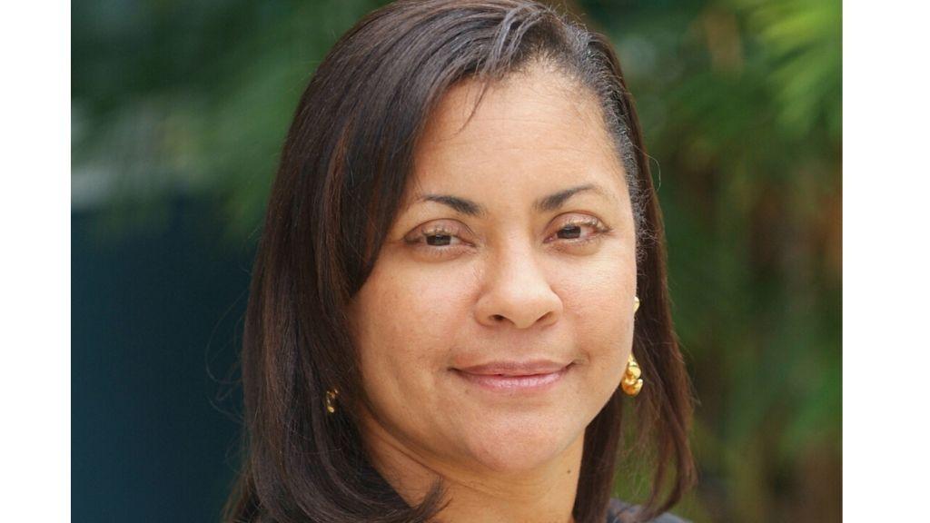 Dr Gelia Frederick-van Genderen