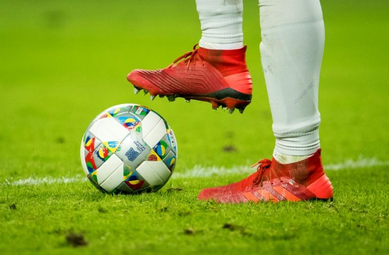 """Les ministres des Sports des Länders allemands ont estimé possible une reprise """"mi-mai ou fin mai"""" et à huis clos du Championnat d'Allemagne"""
