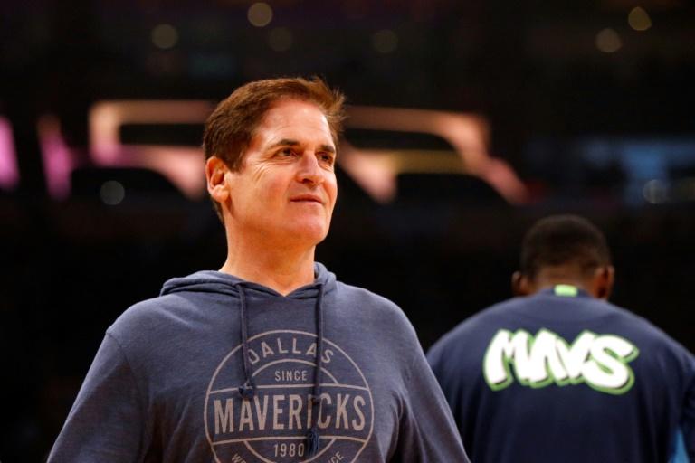 Le propriétaire des Dallas Mavericks, Mark Cuban, avant un match contre les Lakers, le 1er décembre 2019 à Los Angeles