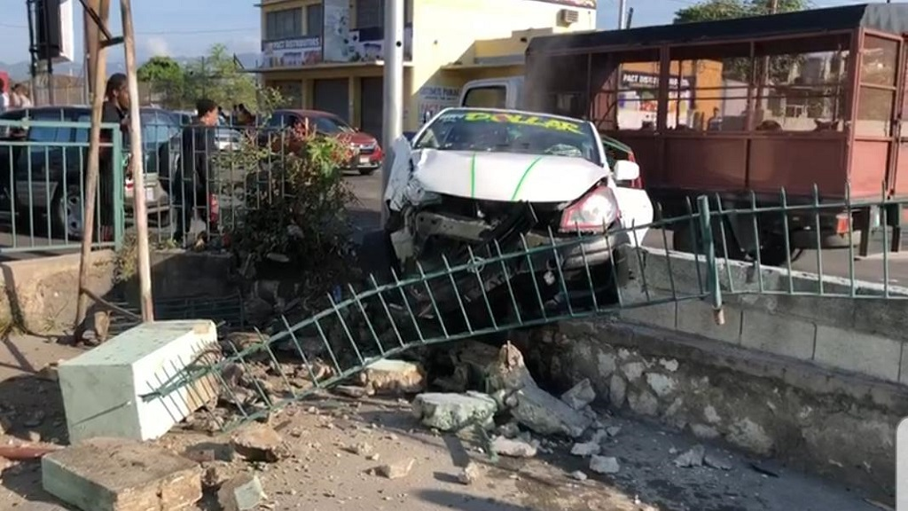 The scene of the traffic accident at the intersection of Beechwood Avenue and Lyndhurst Road in St Andrew on Friday morning.