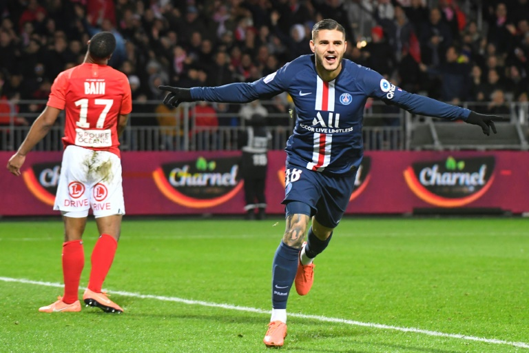 L'attaquant argentin du Paris Saint-Germain Mauro Icardi savoure un but inscrit à Brest en Ligue 1 le 9 novembre 2019.