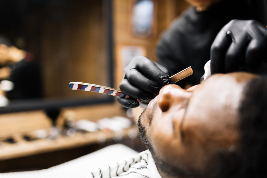 Local barbers and hairstylists have a duty to be free from COVID-19. (iStock photo)