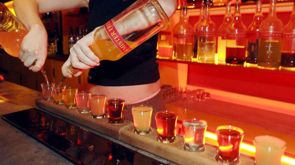 La consommation d'alcool, de tabac et de cannabis est en baisse chez les jeunes adolescents, selon l'Observatoire français des drogues et des toxicomanies (OFDT). (illustration) AFP/FRANCK PERRY