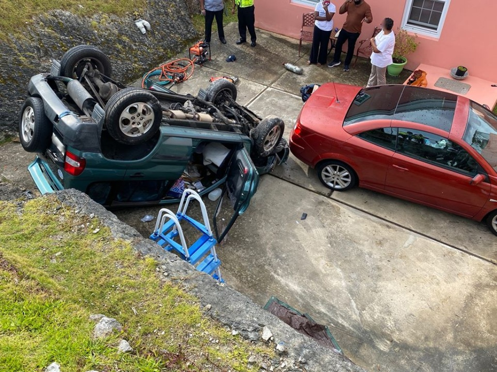 The wreckage from this morning's accident in Stowe Court, Bermuda.