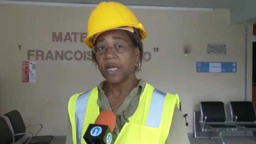 Minister for Health SenatorHonMary Isaac tours Victoria Hospital