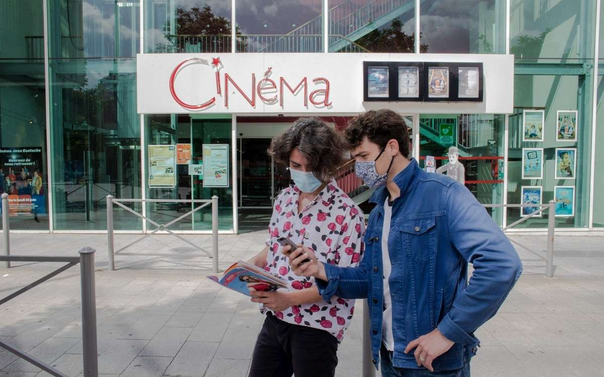 Les cinémas, centres de vacances et casinos rouvrent lundi 22 juin. A cette date il sera aussi possible de pratiquer à nouveau des sports collectifs, à l'exception des sports de combat. © Crédit photo : DAVID Thierry /SO