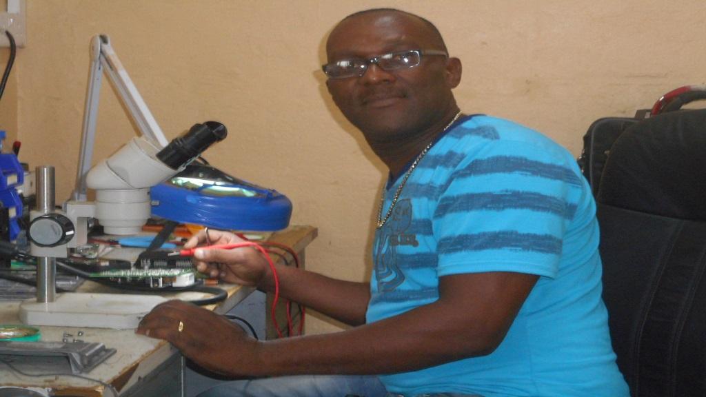Garnet Francis, shop steward