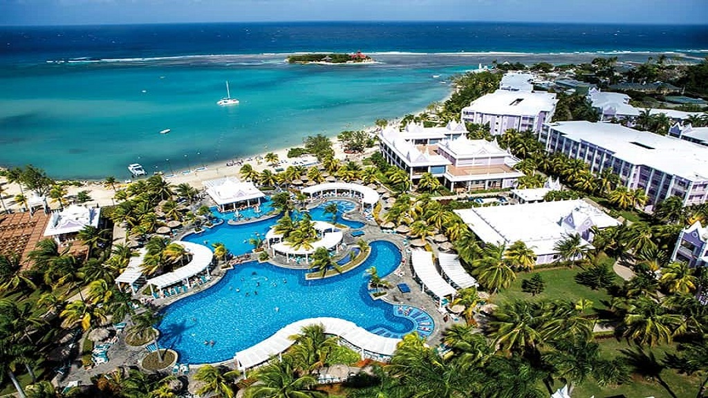 RIU Montego Bay... not yet reopened and slated for renovation this year.