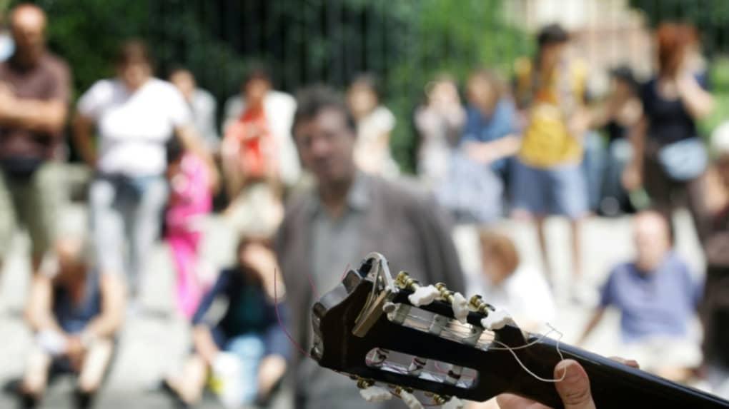 """la Fête de la musique dimanche se veut """"corona-compatible"""" avec des artistes allant à la rencontre du public plutôt que l'inverse afp.com - LIONEL BONAVENTURE"""
