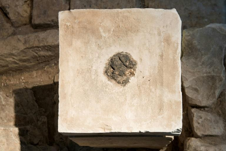 Photo transmise le 2 juin 2020 par l'Autorité israélienne des Antiquités montrant un ancien autel où des traces de cannabis ont été retrouvées Laura Lachman Israeli Antiquities Authority/AFP