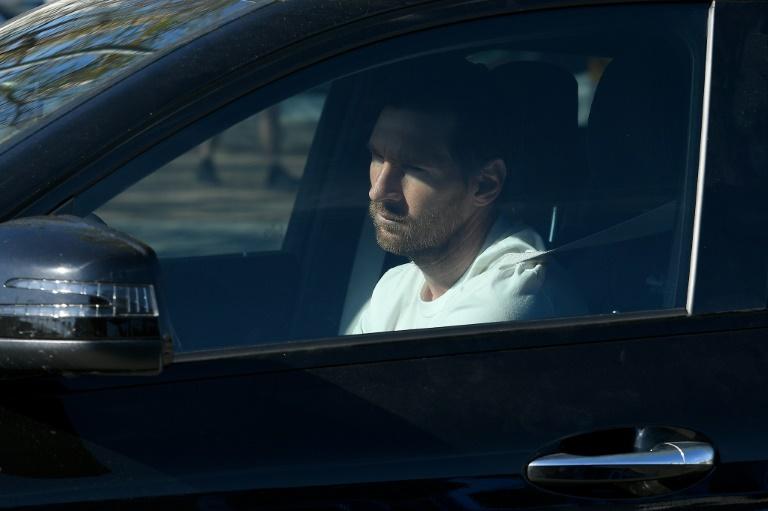 Lionel Messi arrivant à la Cité sportive Joan Gamper à Sant Joan Despi près de Barcelone le 6 may 2020.