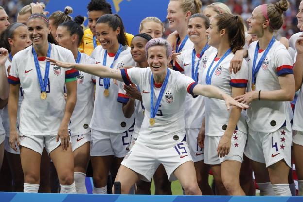 Megan Rapinoe et ses coéquipières, championnes du monde avec les États-Unis en 2019. (R. Martin/L'Équipe)