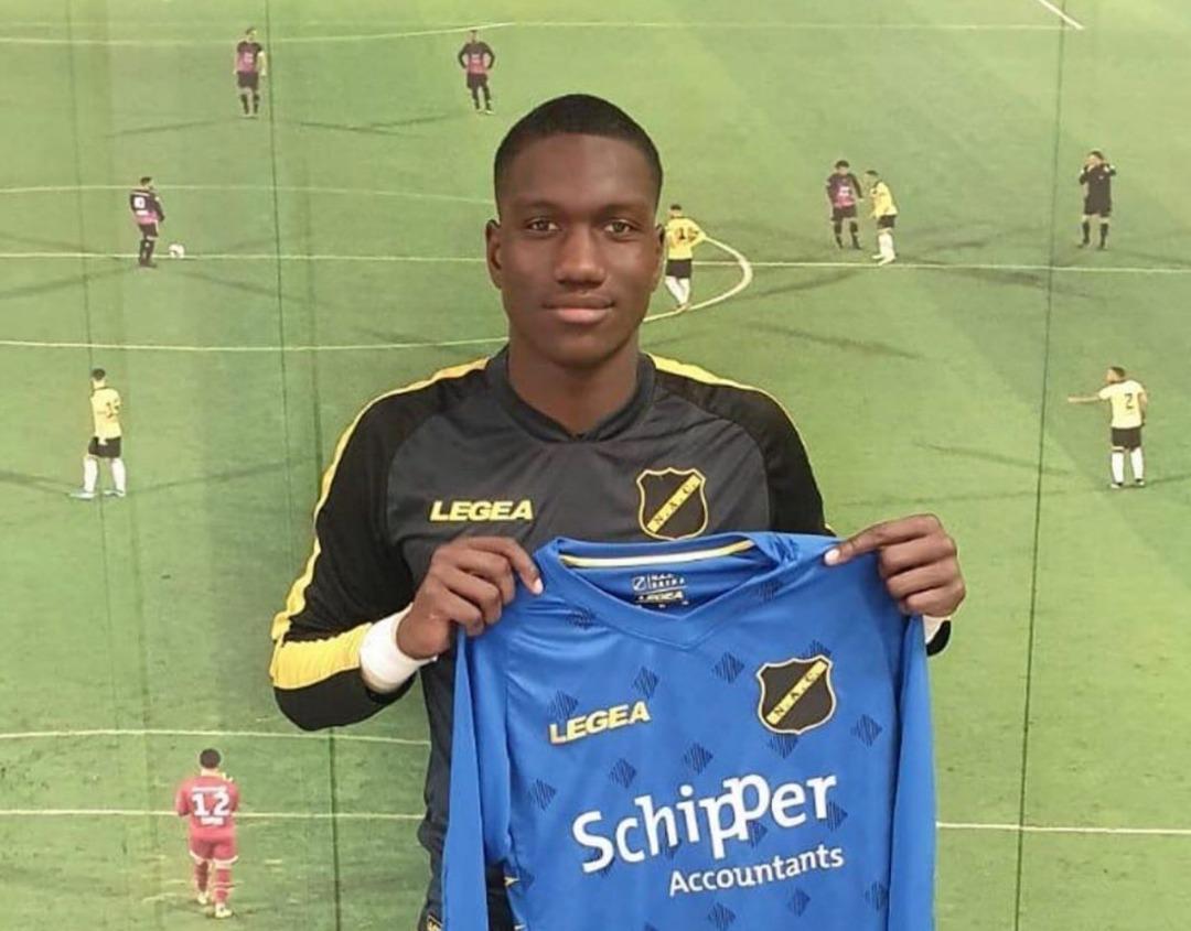 Le Grenadier Ismaël François signe au NAC Breda. Photo: Facebook de Nac Breda