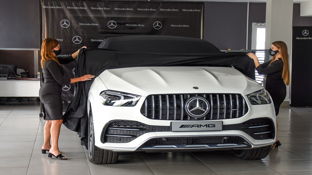 The new Mercedes-AMG GLE 53 4MATIC Coupe, was officially unveiled by Jacqueline Stewart-Lechler, Director of Stewarts Automotive Group and Amanda Lechler, Mercedes Benz Brand Manager, during a digital launch at the Silver Star Motors Showroom recently.