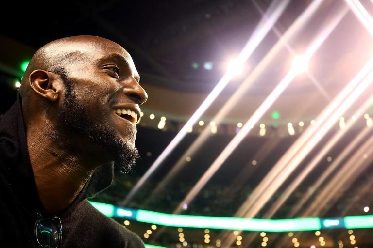 Kevin Garnett assiste à une rencontre NBA entre les Boston Celtics et les Cleveland Cavaliers le 11 février 2018 à Boston. afp.com - Adam Glanzman