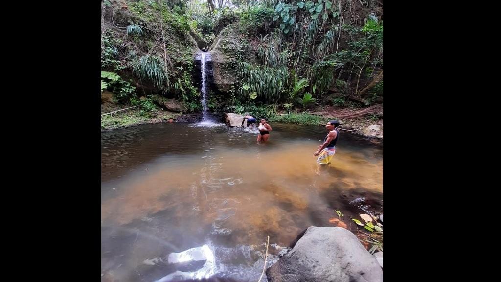 Waterfall in Darban, Saltibus