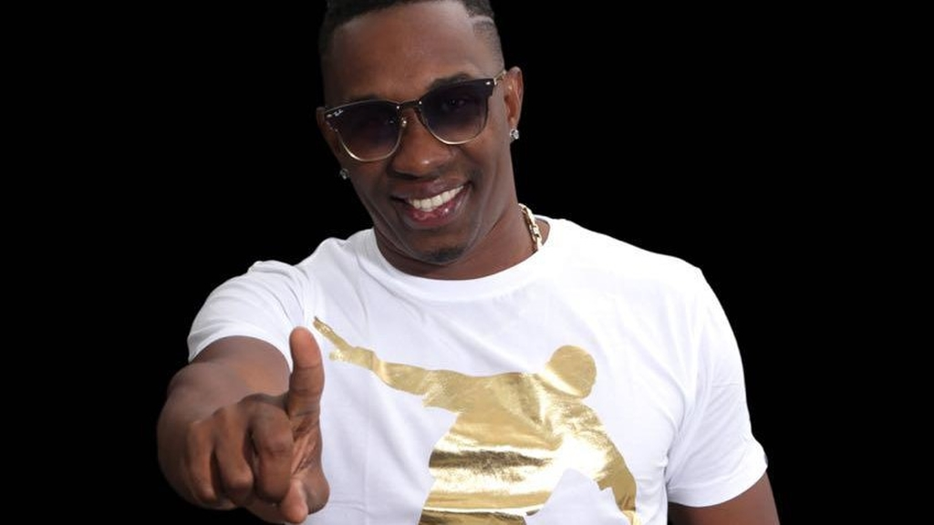 DJ Dwayne Bravo will soon open a recording studio in Trinidad and Tobago.