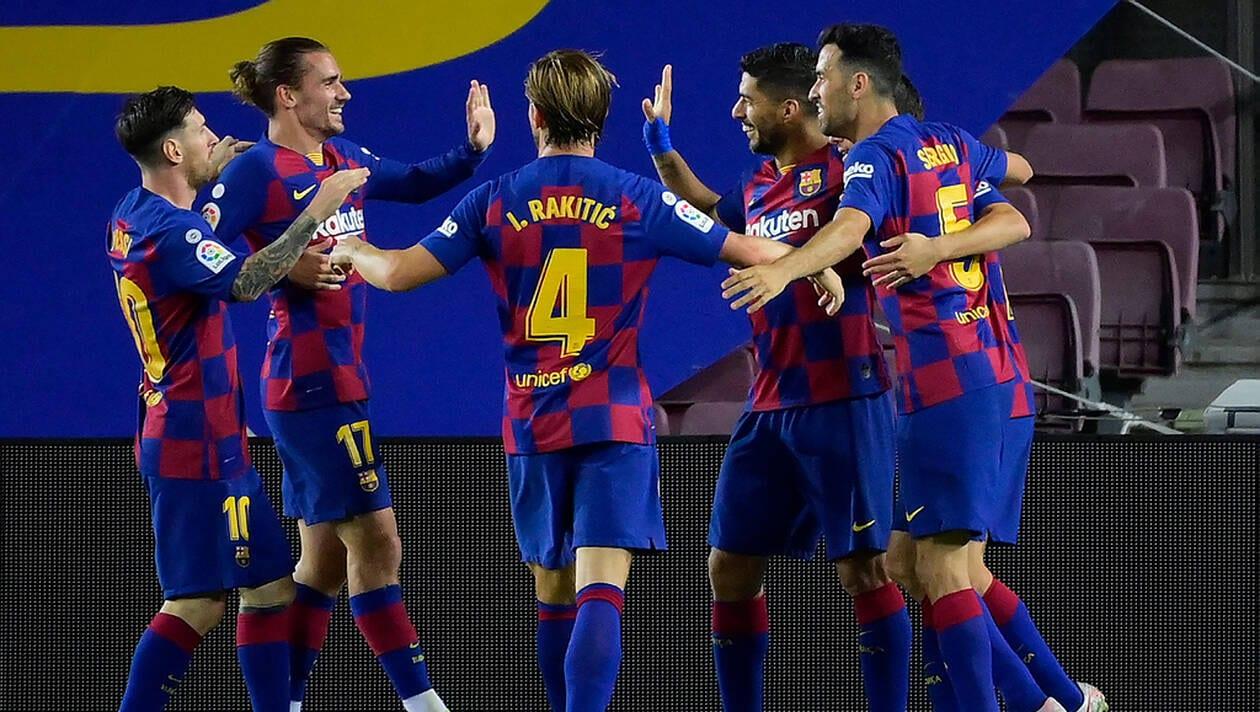 Le FC Barcelone est revenu à un point du Real Madrid, dans un derby où l'Espanyol Barcelone a dit adieu à ses dernières chances de maintien. | AFP