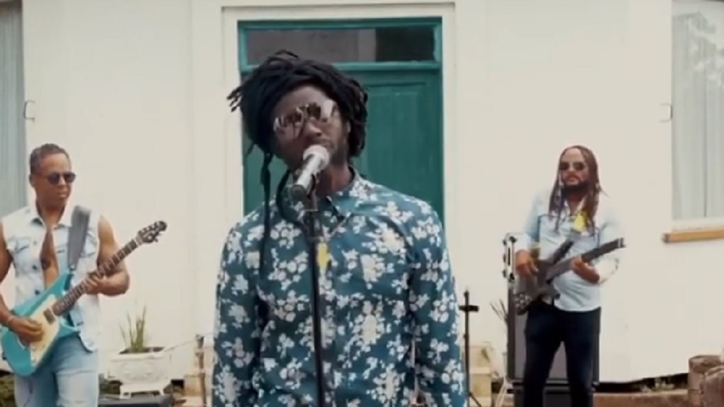 A screengrab of Buju Banton performing for the Tonight Show.