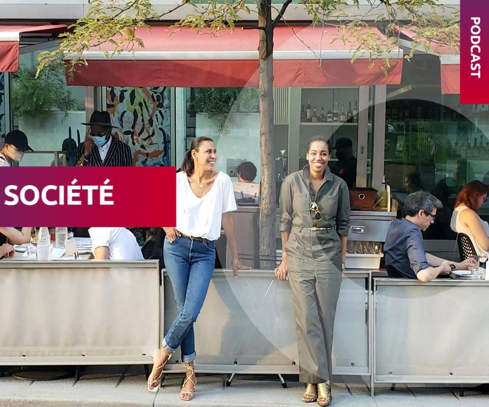 Isabelle Racicot, à gauche, et Martine St-Victor, les deux présentatrices du podcast Seat at the Table sur CBC