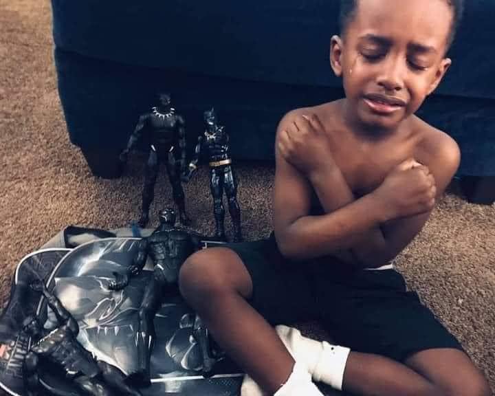 Des enfants du monde entier rendent un vibrant hommage à Chadwick Boseman