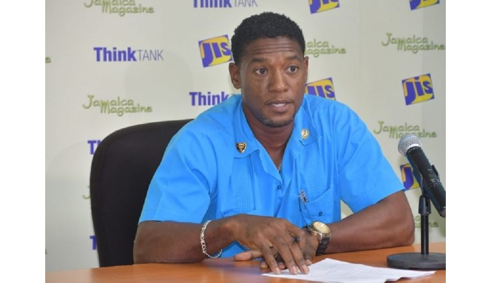 General Surgeon at the Savanna-l​a-Mar Hospital in Westmoreland, Dr Lincoln Cox, speaks at a recent Jamaica Information Service (JIS) 'Think Tank' at the agency's Regional Office in Montego Bay.  (Photo: JIS)