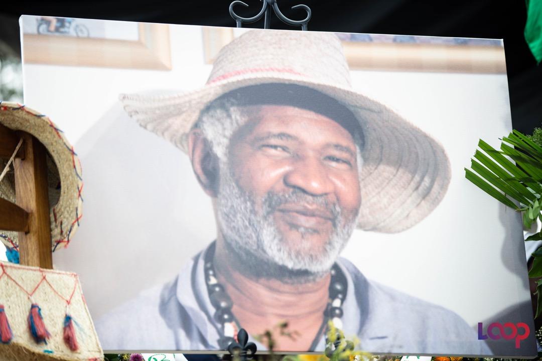Les restes de Anthony Pascal, dit Kompè Filo, exposés le 18 août 2020, sur Champs de Mars/ Photo: Steven Aristil