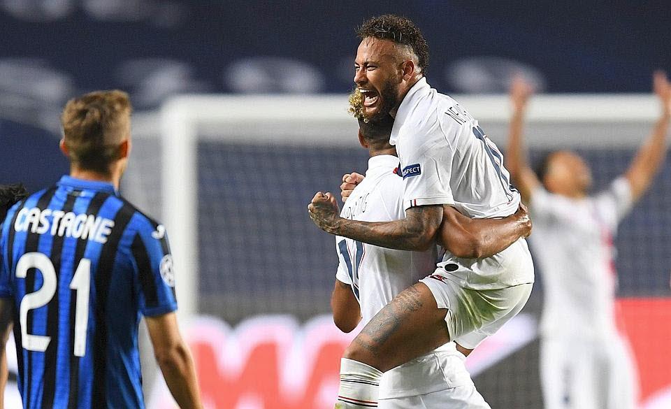 Neymar et Mbappé célèbrent leur qualification : le PSG est en demi-finale ! Photo David RAMOS/AFP