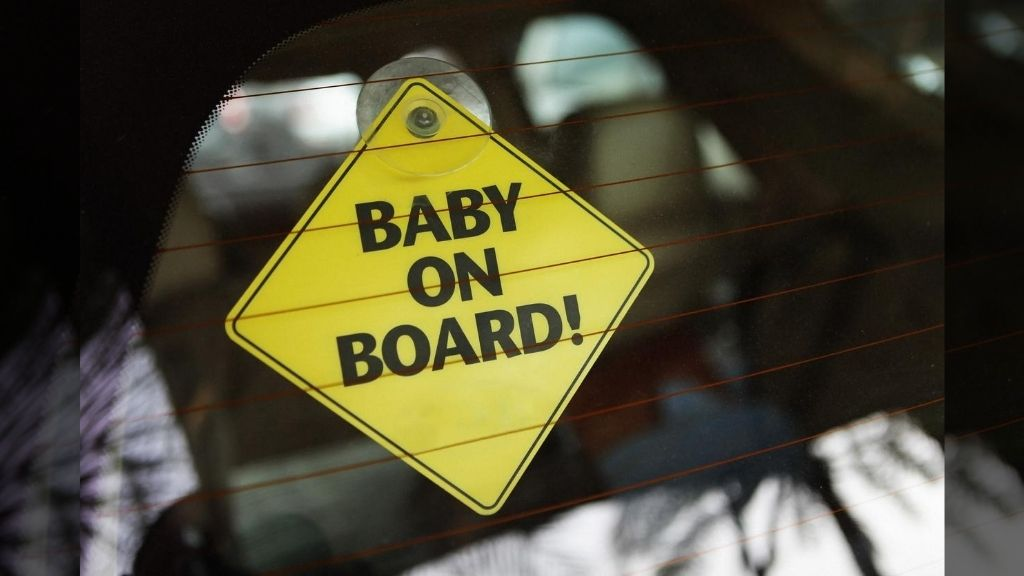 Baby born in flight obtains fitting name. (Photo: iStock)