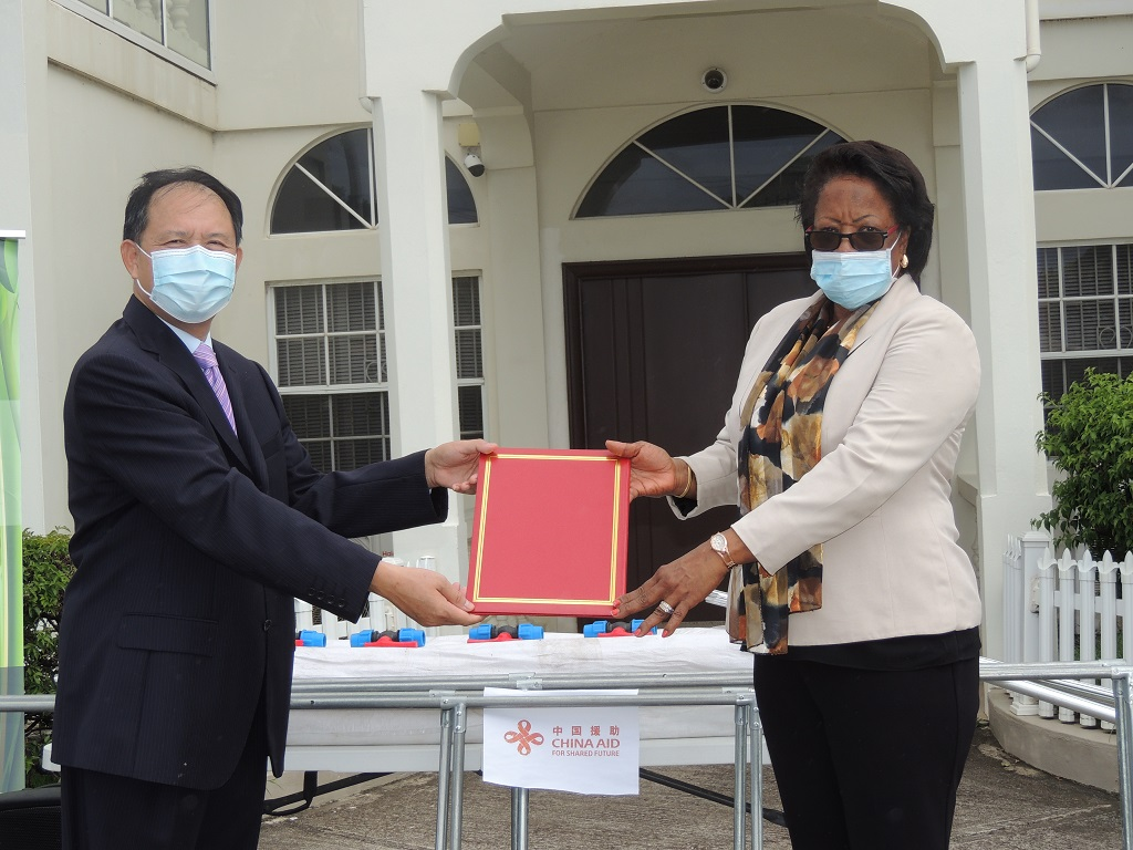 Symbolic hand over of greenhouses